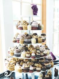 Small Wedding Cake With Medium And Large Cupcakes