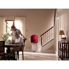 un fauteuil monte escalier