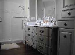 Master Bath Rug Ideas by 18 Splendid Gray Bathroom Vanity Color Picture And Design Ideas