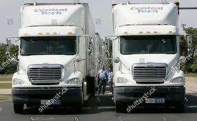 100 Trucking Usa Careers Students Prepare Drive Training Trucks Editorial