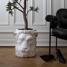 terrakotta blumentopf löwe groß weiß