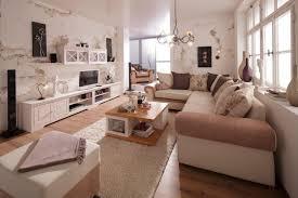 einzigartig wohnzimmer quadratisch einrichten