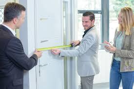 glastür einbauen anleitung für zimmertüren aus