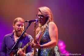The Tedeschi Trucks Band // Live @ The Beacon Theatre // 10.8.16 Derek Trucks The Allman Brothers Band Performing At The Seminole 24 Years Ago 13yearold Opens For Brizz Chats With Of Review Tedeschi Jams Familystyle Meadow Brook Needle And Damage Done Gregg Warren Haynes Signed Autograph Electric Guitar Core Relix Media To Exit