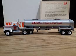 Winross Truck And Dairy Tanker Trailer Pennsylvania State Farm Show ... Winross Ingersoll Rand Diecast Truck Youtube Amazoncom 1993 Gfs Gordon Food Service Ford 9000 Buy Hersheys Desert Bar Tractor Trailer 1991 Winross Mib Die Model 1989 164 Scale The Cloister Restaurant Inventory For Sale Hobby Collector Trucks Roadway Express Trucking Doubles And Pepsicola Historical Series 9 1 64 Ebay White 7000 Cryogenic Tanker Air Products Double Pup Trailers With Hitch Red Arrow Freight American Society