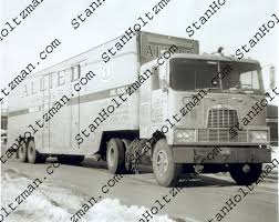 Index Of /images/trucks/Mack/1960-1969/Hauler Products New Stan Holtzmans Truck Pictures The Official Collection A Look At Nys Hamilton Avenue Marine Transfer Station Waste360 Stop Repair In Marshall Trailer Pin By Blayde On Livestock Trucks Pinterest Tractor Equipment Company Ming And Cstruction Specialty Pc Fx53ltt From Girvan Scotland T124l470 Seen Flickr Z Dec Customer Stories Brett Mchardie Regal Haulage Youtube Brandt Trucking Truck Trailer Transport Express Freight Logistic Diesel Mack Country Road To Americas Walmart Economy Politics Homepage Fleetway Inc Altranz All Zealand Container