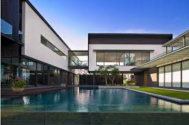 104 Modern Homes Worldwide The Top 22 Most Expensive Houses In The World Listed For Sale In 2021 From The La Mansion With A History Of Celebrity Owners To Venetian Palace In Cannes