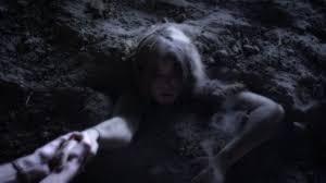 Pll Halloween Special Season 3 by Pretty Little Liars Season 4 Summer Finale Review World War A