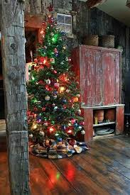 Primitive Decorating Ideas For Christmas by 394 Best Rustic Christmas Images On Pinterest Each Day One Day