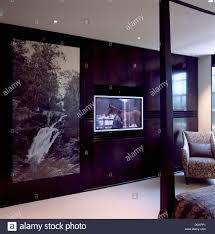 große schwarz weiß fotografischen panel auf kleiderschrank