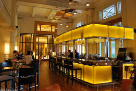 Top Singapore Hotel Bars 2016 – 8 First-class Hotel Bars   Asia ... Team Singapore Emerges Winner Of The Inaugural Asia Bar Battle And Lin Rooftop Dailyhotel Mars The Duxton Hotel Best Cocktail Bar In Singapores Best Bars Suma Explore First Date Restaurants Bars Nyc Long At Raffles Leeds Cocktail Time Out Club Level Ritzcarlton Millenia Helipad Clubs Nightlife Sg Magazine Online World 2016 Cn Traveller Cnn Travel Rooftop