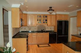 Kitchen Backsplash With Oak Cabinets by Tile Floor With Maple Cabinets Kitchen Backsplash Ideas With Oak