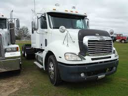 100 Wrecked Semi Trucks For Sale Deanco Auctions