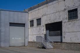 100 Warehouse Sf Bhautik Joshi On Twitter Garage Doors Walls And Buildings