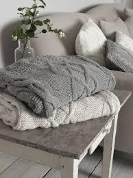 plaid gris canapé trouvez le meilleur plaid pour canapé en 44 photos