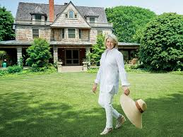 Exactly What Martha Stewart Does When She s in the Hamptons