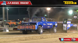 PPL 2014: 3.0 Diesel Trucks Pulling At Fairfield, IL - YouTube