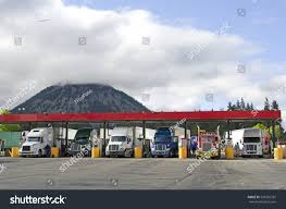 100 Truck Stops California Several Large Over Road Semitrucks Fuel Stock Photo Edit Now