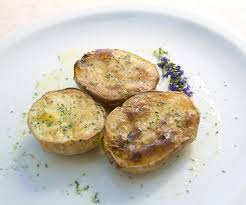 pomme de terre en robe de chambre au four recette pommes de terre en robe des chs