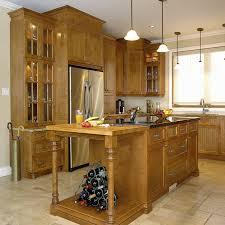 armoire cuisine en bois cuisines beauregard cuisine réalisation 35 armoires et îlot