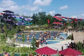 Jogja Adventure Pirates Bay Waterpark In Maguwoharjo Inaugurated By The Governor Of Yogyakarta 20 12 2015 Forecasted Into Waterboom Largest