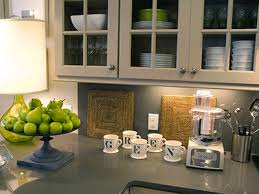 White Kitchen Cabinets Dark Gray Island Countertop With Sink And Vase Green Apples Pear Apple Decor Ideas