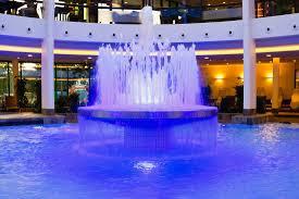 springbrunnen im wellnessparadies bild kaufen 11347588