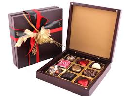 Valentines Day Chocolate Gift For Girlfriend In India