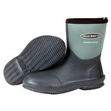 scrub boot muck boot in garden green mb scb 333e the muck boot