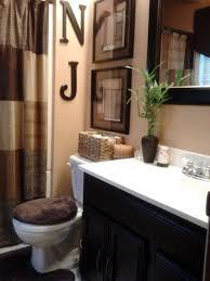 Teal Brown Bathroom Decor by Best 25 Brown Bathroom Decor Ideas On Pinterest Brown Bathroom