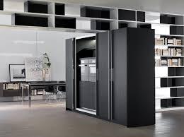 cache meuble cuisine une cuisine cachée dans un placard décoration