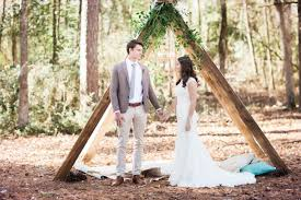 Inspired Entirely By Nature A Group Of Louisiana Based Wedding Creatives Got Together To Produce This Dreamy Styled Editorial Where Rustic Meets Elegant In