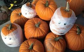 Best Way To Carve A Pumpkin Youtube by Diy Halloween Decorations 19 Easy Inexpensive Ideas Reader U0027s