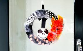 Nightmare Before Christmas Halloween Decorations by Diy Nightmare Before Christmas Halloween Wreath The Best Nest