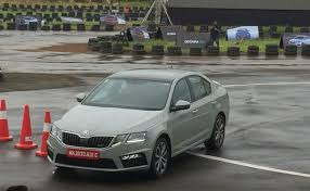 skoda siege social batch of skoda octavia rs for india sold out for 2017