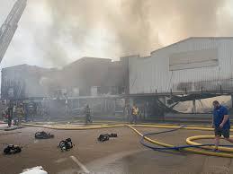 100 Two Men And A Truck Atlanta Firefighters Battling Big Blaze In Downtown Tlanta TX