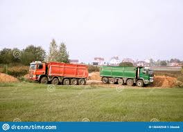 100 Two Ton Truck Large 70ton Dump S Brought Sand To The Site To Add