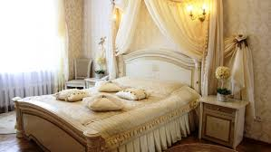 How To Be Romantic With Husband On Phone Bedroom Decorating Ideas Budget Homes Design Candle Light