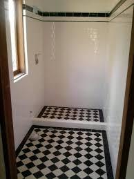 edwardian tiles 100x100 black and white checkerboard