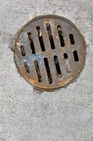 My Bathroom Drain Smells Like Sewer by The 25 Best Sewer Smell In Bathroom Ideas On Pinterest