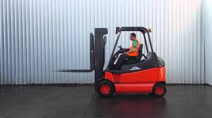 LINDE E30 ELECTRIC FORKLIFT TRUCK - YouTube Linde Forklift Trucks Production And Work Youtube Series 392 0h25 Material Handling M Sdn Bhd Filelinde H60 Gabelstaplerjpg Wikimedia Commons Forking Out On Lift Stackers Traing Buy New Forklifts At Kensar We Sell Brand Baoli Electric Forklift Trucks From Wzek Widowy H80d 396 2010 For Sale Poland Bd 2006 H50d 11000 Lb Capacity Truck Pneumatic On Sale In Chicago Fork Spare Parts Repair 2012 Full Repair Hire Series 8923 R25f Reach