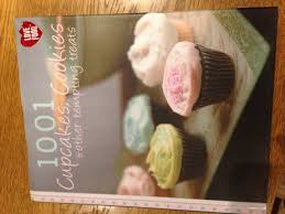 1001 Cupcakes And Cookies Book