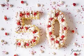sommerlicher number cake