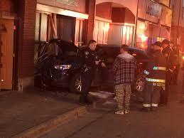 Pumpkin House Kenova Wv 2017 by Vehicle Crashes Into Building In Charleston Wv Wvu Football