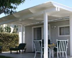Inexpensive Patio Cover Ideas by Best 25 Vinyl Patio Covers Ideas On Pinterest Pergula Ideas
