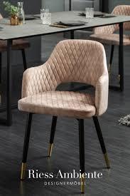 eleganter stuhl greige samt ziersteppung und goldene