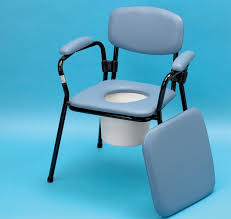 achat chaise de toilettes fauteuil garde robe et chaise percée