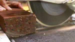 Husky Wet Tile Saw Blade by How To Cut A Brick With A Wet Saw Youtube