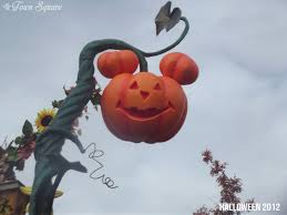 Singing Pumpkin Projection Free by Rewind Halloween Season Dlp Town Square Disneyland Paris Past