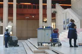emploi nettoyage bureau contrat d entretien nettoyage industriel et entretien bureau à